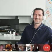 florian online headset 1 180x180 - Effektive Online Meetings